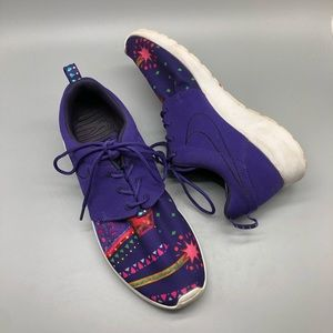 "Nike Rosche Run ""Midnight Craftwork"" court purple"